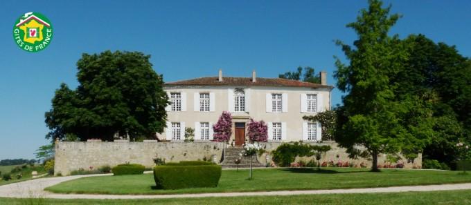 chateau-batz_gite-charme_gers-32_chateau12